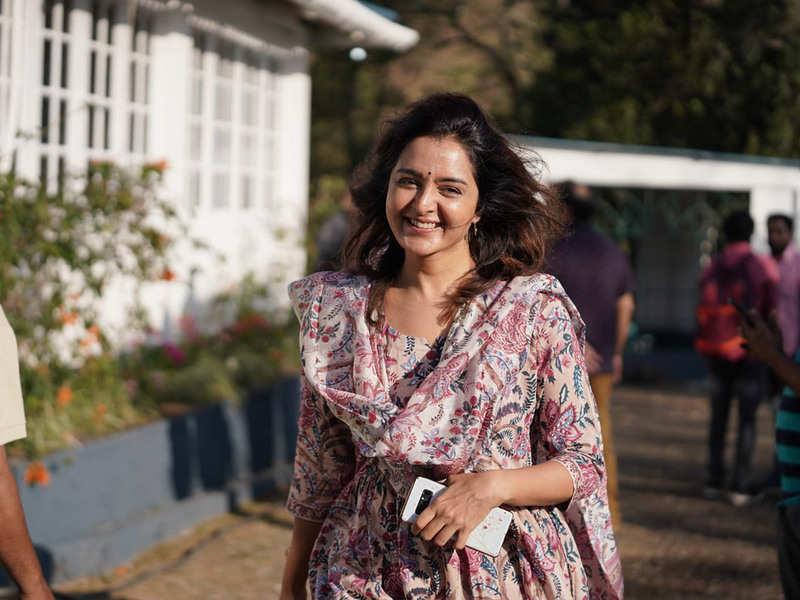 Manju Warrier's character is an integral part of Padavettu: Sunny Wayne