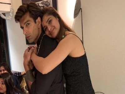 Arti's birthday wish for Karan Singh Grover