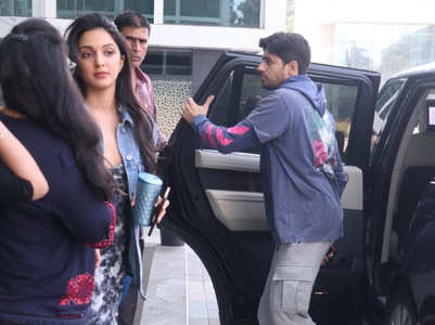 Sidharth-Kiara snapped outside KJo's office