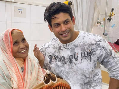 Sidharth 'blessed' to meet his elderly fan