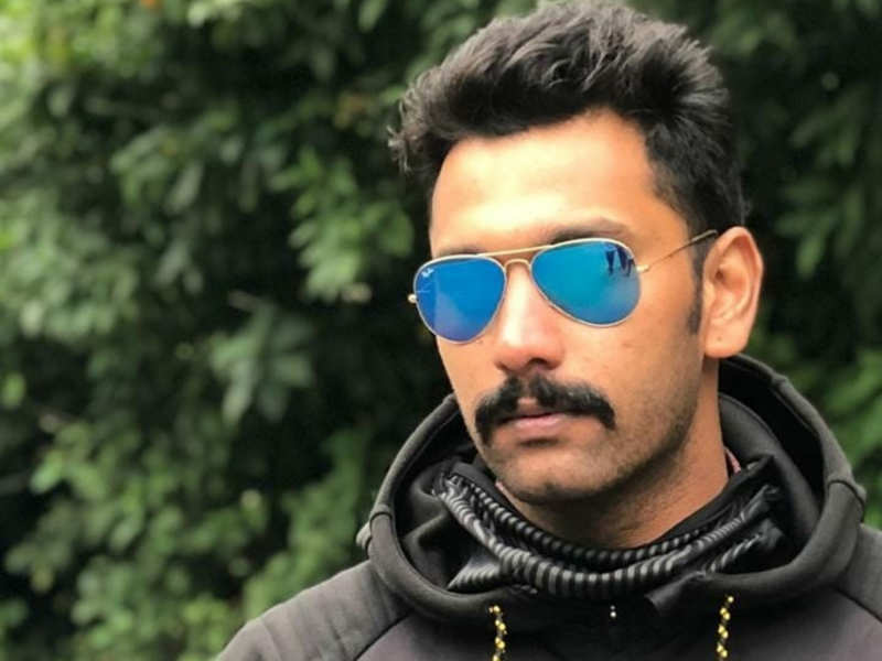 Arulnithi loses 7kg to play a student