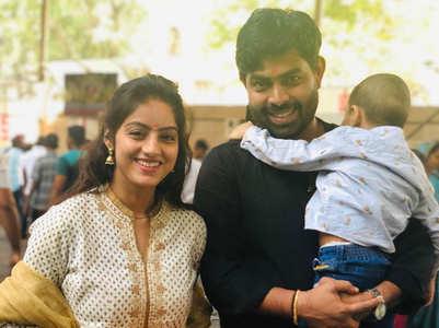 Deepika Singh visits Siddhivinayak Temple