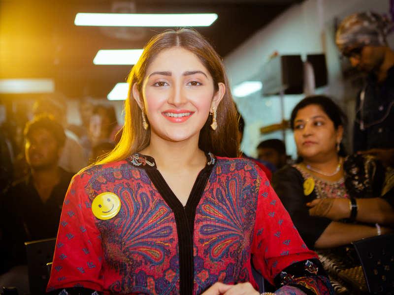 Sayyeshaa graced the launch of YOLO salon at Anna Nagar