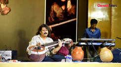 Veena exponent Rajhesh Vaidhya plays T M Soundararajan's Mellla Nada Mella Nada song