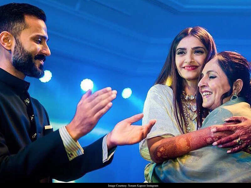 Sonam Kapoor pens a heart-felt note wishing mother-in-law Priya Ahuja on her birthday, thanks her for showering Anand and her with 'love and amazing food'