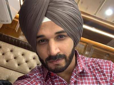 Prince Narula dons 'sardaar' look