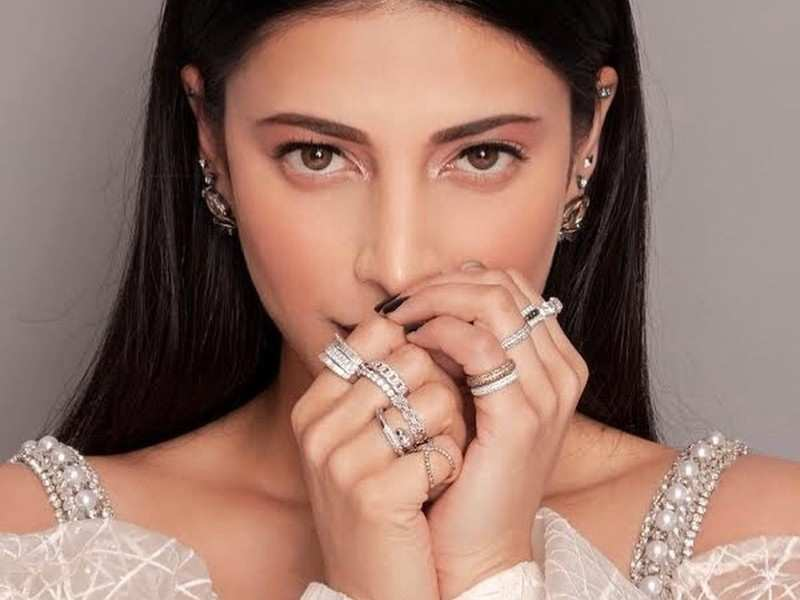 I'm not one driven by other people's opinions of me: Shruti Haasan