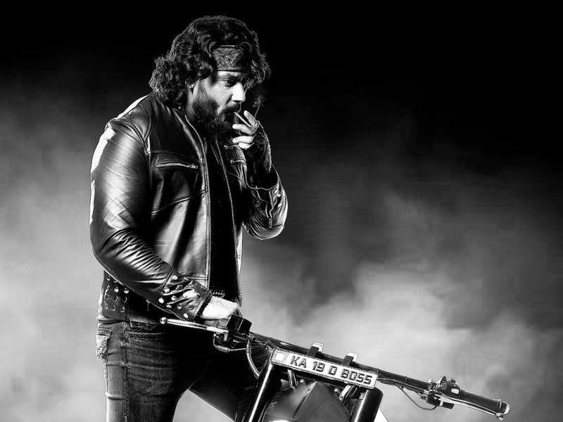 'Roberrt' first song 'BaBaBaNaReady' to release today evening