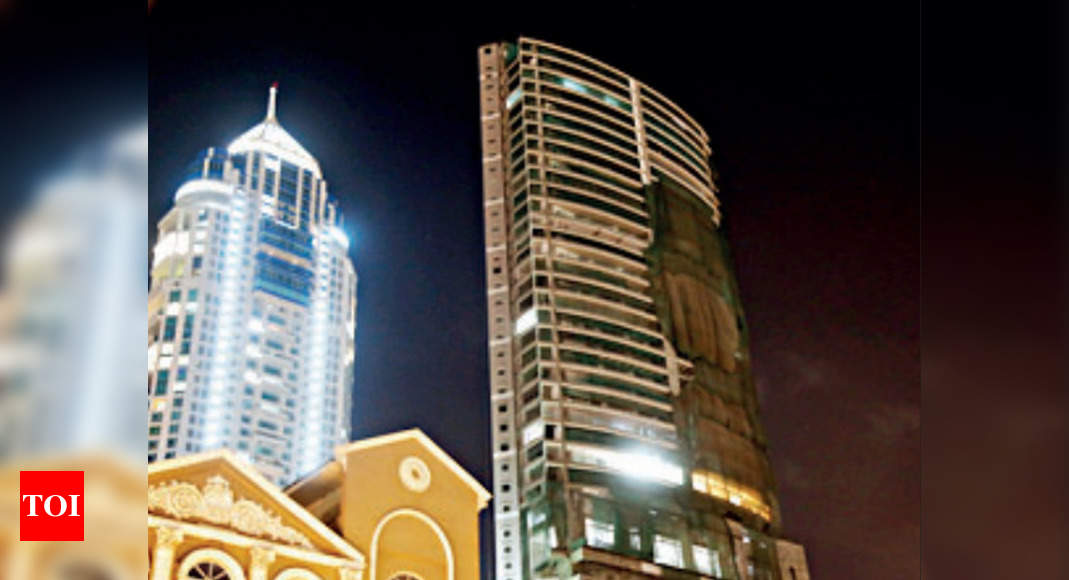 Amid slump, 63 ultra-luxury Mumbai flats sold for Rs 1,800 crore in 6 months thumbnail