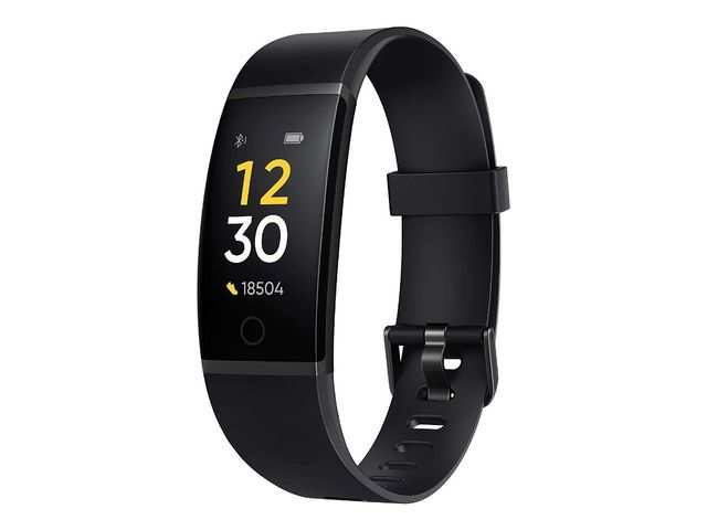 Realme Band to go on its first sale today