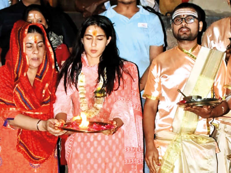 Sara Ali Khan shared several pictures and videos of herself on social media, taking part in the famous Ganga aarti and touring the city of Varanasi. There, she is currently shooting for Aanand L Rai's Atrangi Re. The production team is still discussing whether to continue shooting or go back amid the coronavirus scare (BCCL)