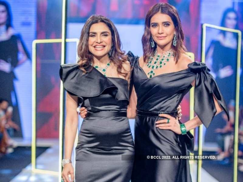Queenie Singh and Karishma Tanna are all smiles as they pose for the paparazzi