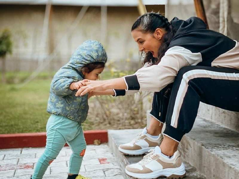 Roadies leader Neha Dhupia wants to focus on love and happiness; shares adorable pic with daughter