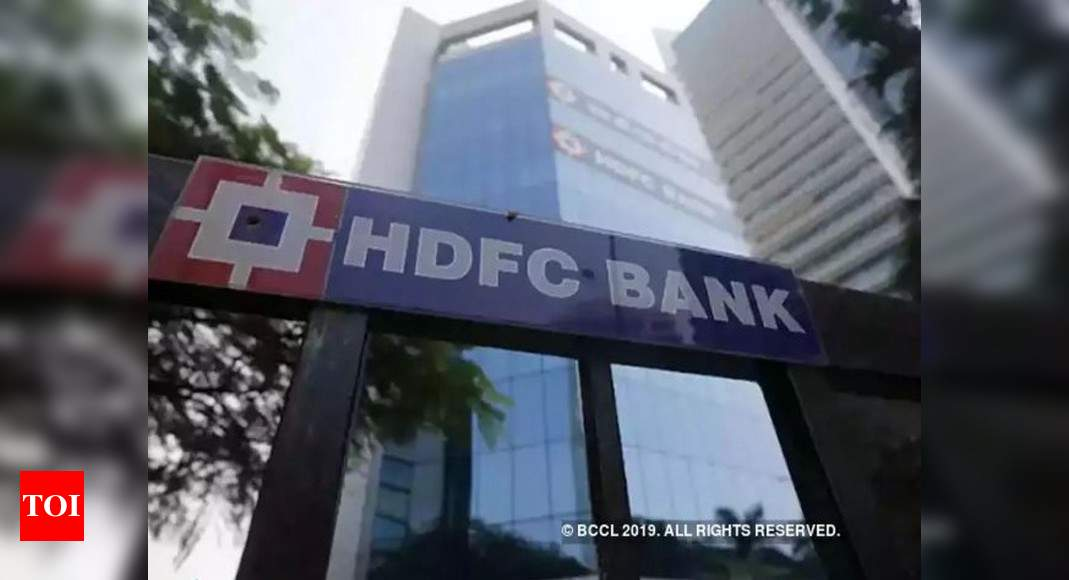 Biggest Indian bank ramps up corporate loans as rivals retreat - Times of India thumbnail