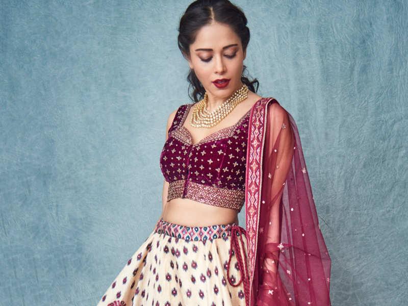 10 new ways to style your wedding lehenga