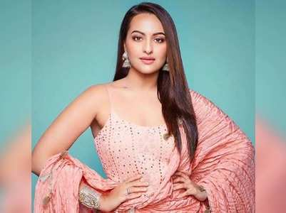 Sonakshi's witty replies to curious fans!