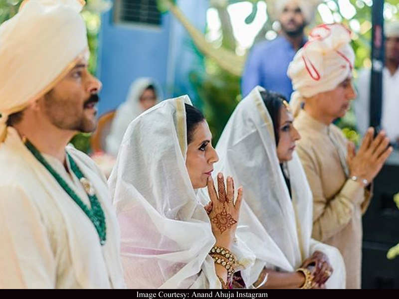 Anand Ahuja shares UNSEEN family photos from his wedding album as he pens a note on Coronavirus Pandemic