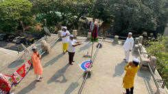 Mumbai dabbawala head performs puja at Gudi Padwa while practicing social distancing