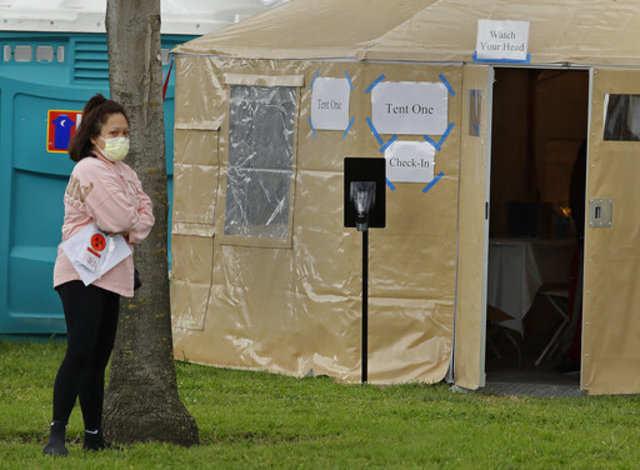 Australia coronavirus lockdown pushes 'safe phones' demand for women