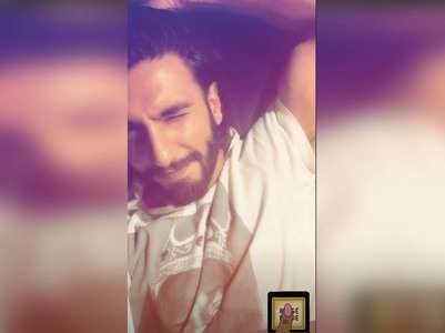 Lockdown: Ranveer switches on the 'Binge Mode'