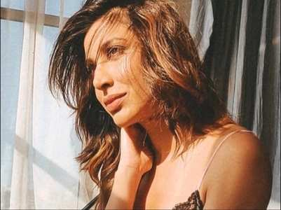 Sophie shares a mesmerising sun-kissed pic