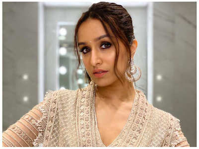 Shraddha wants fans to take lockdown positively
