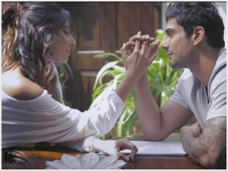 ​ ​Monica Dogra is back with Prateik Babbar once more