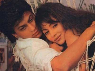 VIDEO:SRK used to sing THIS song for Gauri