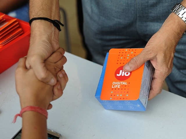 Jio Plans 2020: List of Jio Recharge Plans with up to 365 days validity offering 1.5GB per day