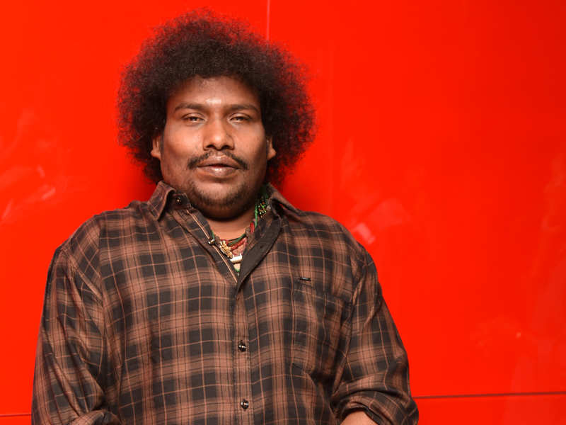 Yogi Babu postpones wedding reception