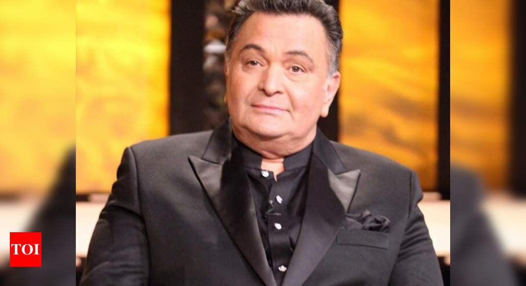 Rishi Kapoor asks government to open all licensed liquor stores in the evening for some time amid lockdow thumbnail
