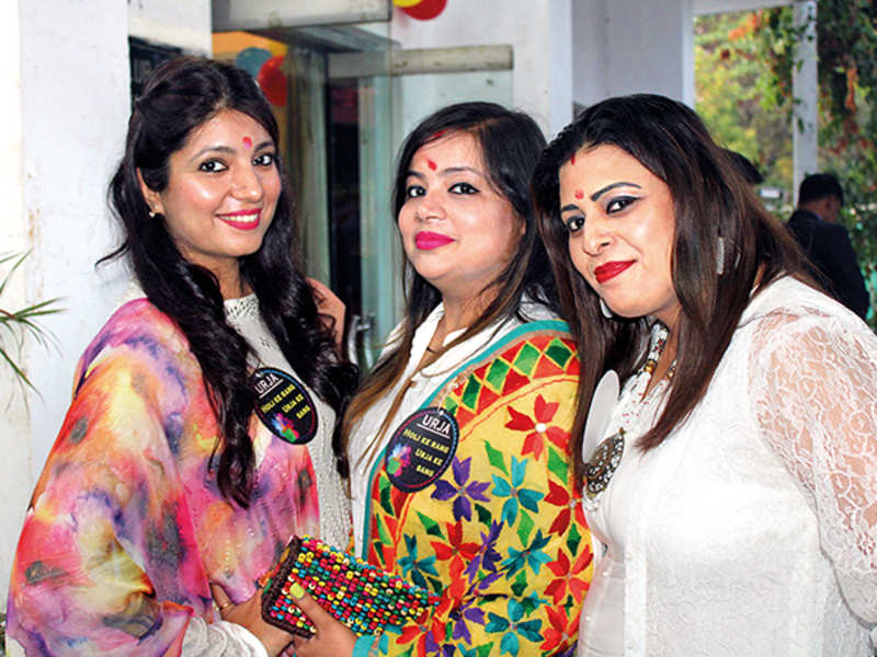(L-R) Hani, Rinky and Sanghvi (BCCL/ Arvind Kumar)