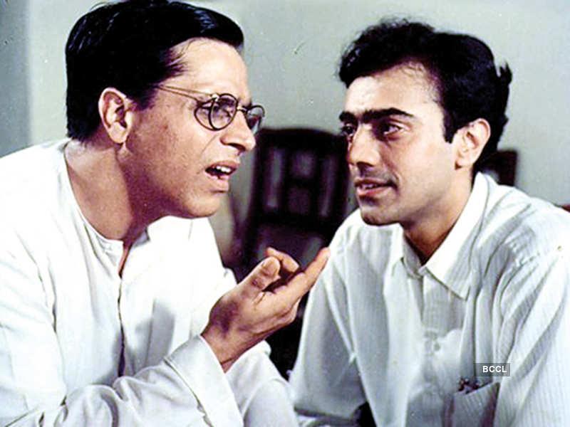 A still from 'Byomkesh Bakshi'