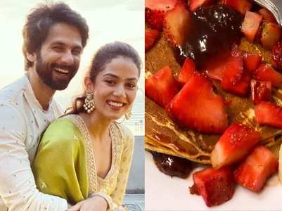 Lockdown: Shahid makes a pancake for his wife