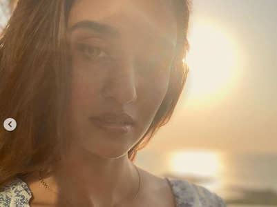 Disha Patani's mesmerising sunkissed post