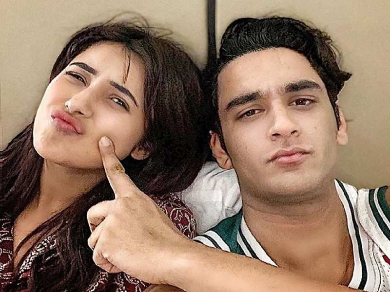 Vikas Gupta clarifies he's 'not going to meet' Shehnaz Gill after she unfollows him on social media