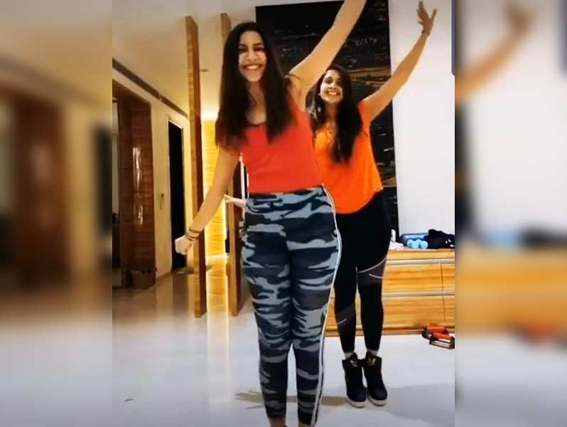 VJ Bhavna and Samyuktha's workout video makes exercising look simple
