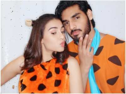 Ahan bowled over by Tania's latest picture