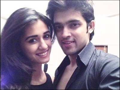 Netizens share old pictures of Disha & Parth