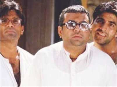 Pic: Suniel celebrates 20 years of 'Hera Pheri'