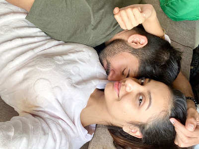 Divya shares romantic pic with Varun