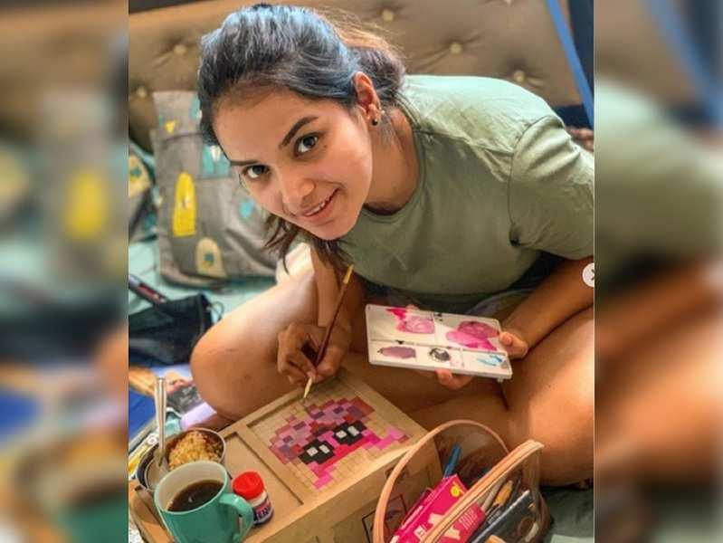 Corona Lockdown: Titeeksha indulges in a flurry of activities at home!