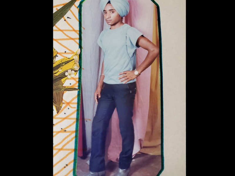 This young turban clad kid is present day's renowned Punjabi actor-writer; any guesses who he is?