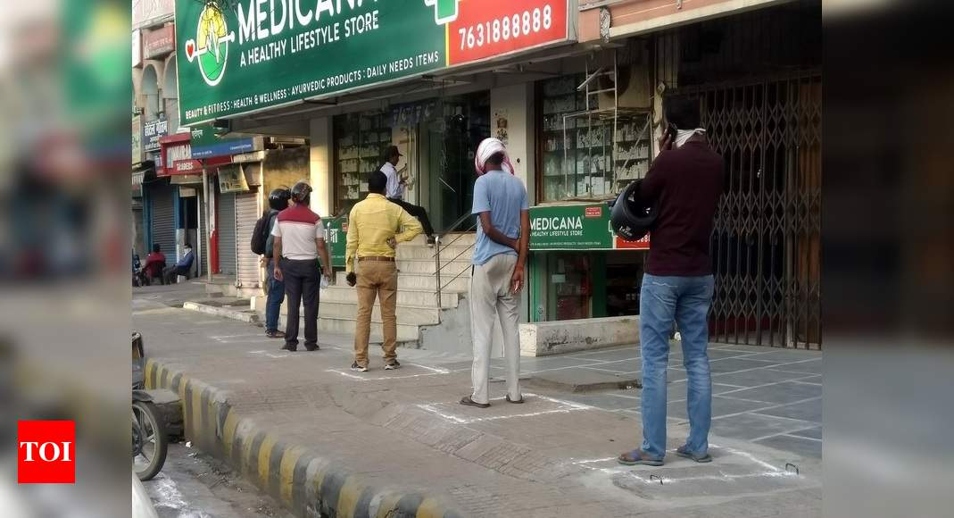 Coronavirus: 7 more die in Mumbai, India cases double to 2k in 4 days thumbnail