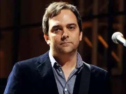 Adam Schlesinger passes away of COVID-19