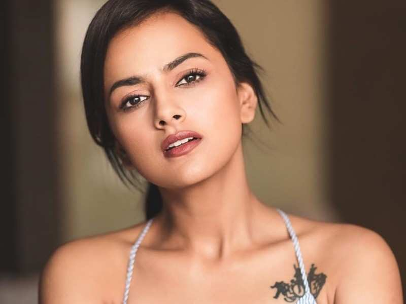 Has 'Nerkonda Paarvai' actress Shraddha Srinath been asked to isolate herself?
