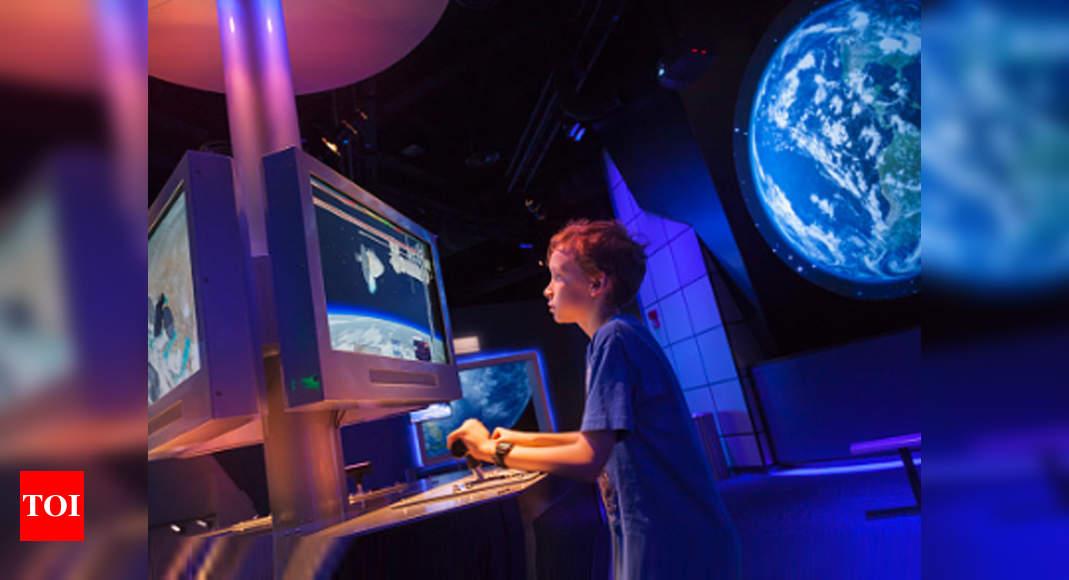 NASA Recruitment 2020: Over 12,000 apply for NASA's next class of astronauts thumbnail