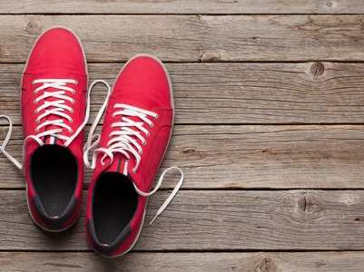 Can Coronavirus spread through your shoes? Here is what you need to follow