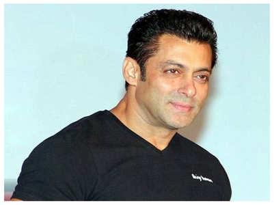 Salman deposits money into crew's account