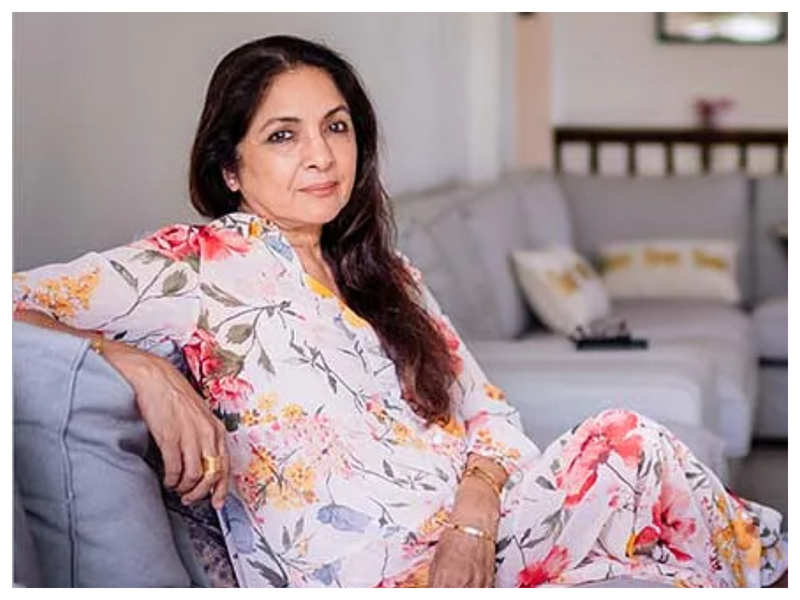 Five videos from Neena Gupta's 'Sach Kahoon Toe' series on social media that are a must watch!